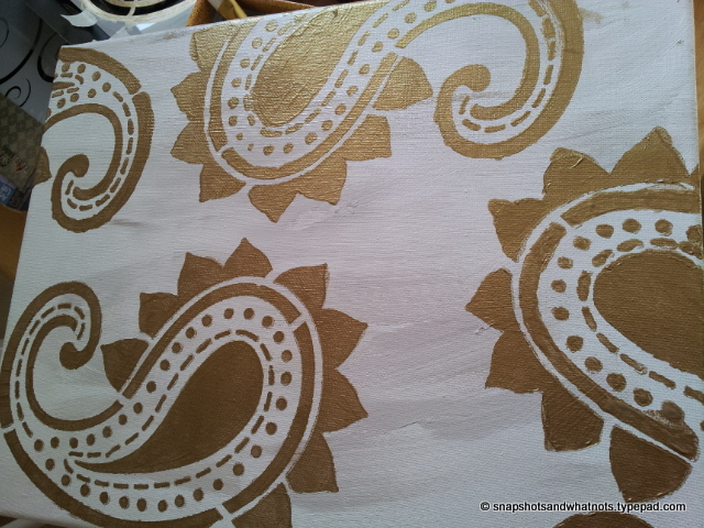 DIY stencilled art canvas (9)