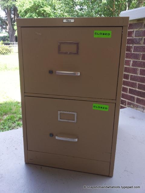 Filing cabinet makeover (1)