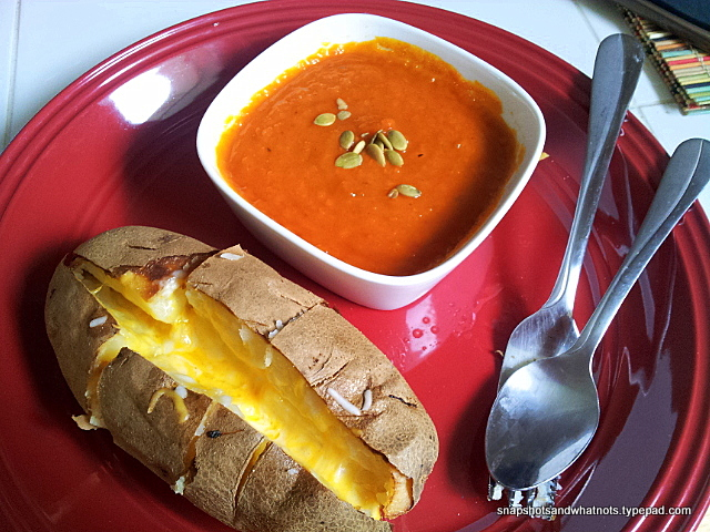 Delicious warming roasted red pepper and butternut squash soup - and best of all its 0pts (3)