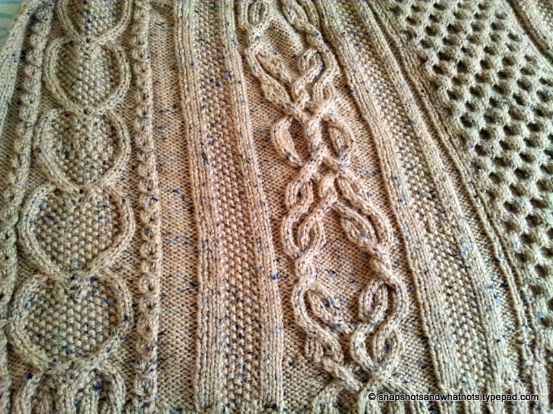 Cable knit blanket  (3)