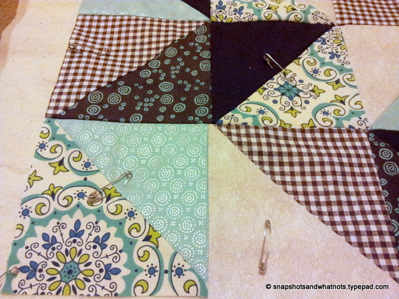 Sewing a quilt - fixing stupid mistakes and basting (4)
