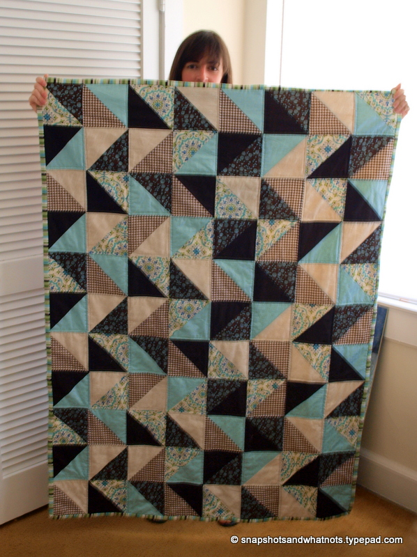 Beginner sewing project - first finished quilt (10)