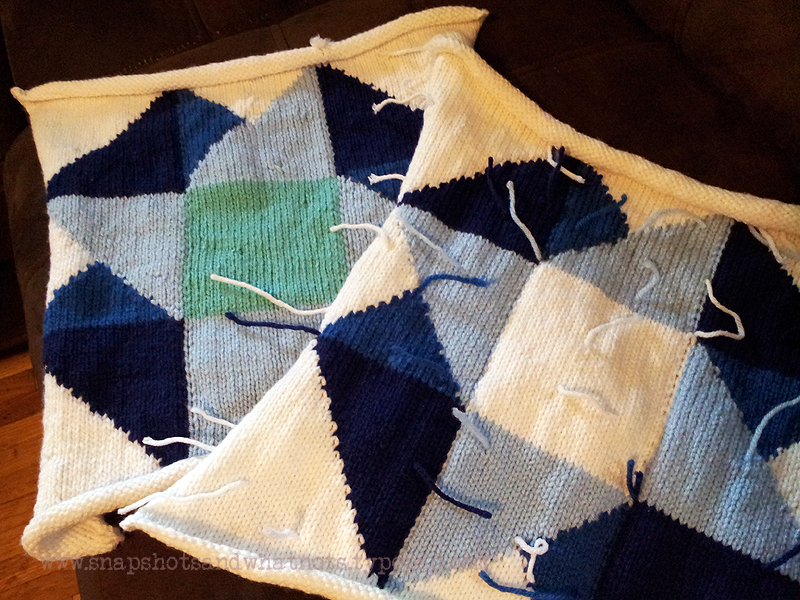 Beginner intarsia knitting project - patchwork cushion cover with zipper (1)
