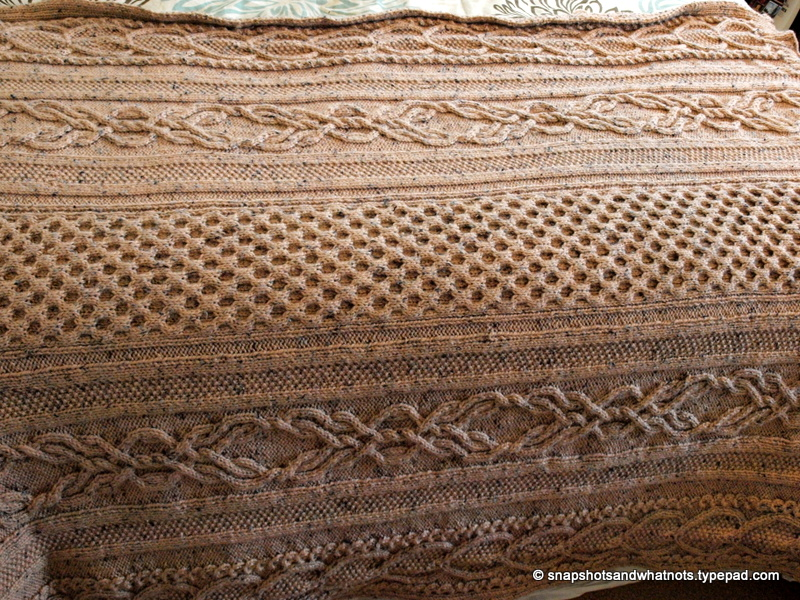 Huge Cable knit blanket -snapshotsandwhatnots (7)