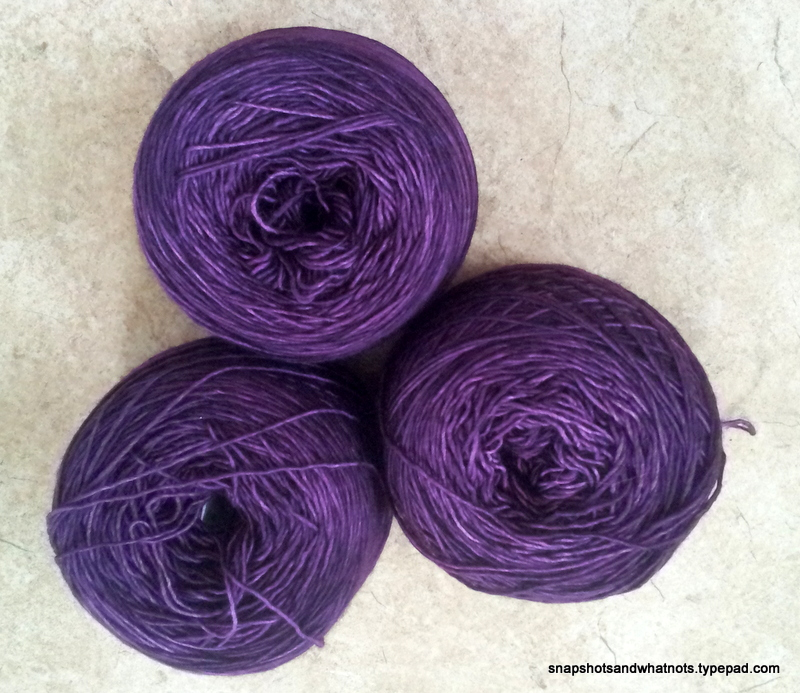 Hitofude - Madelinetosh Light yarn (1)