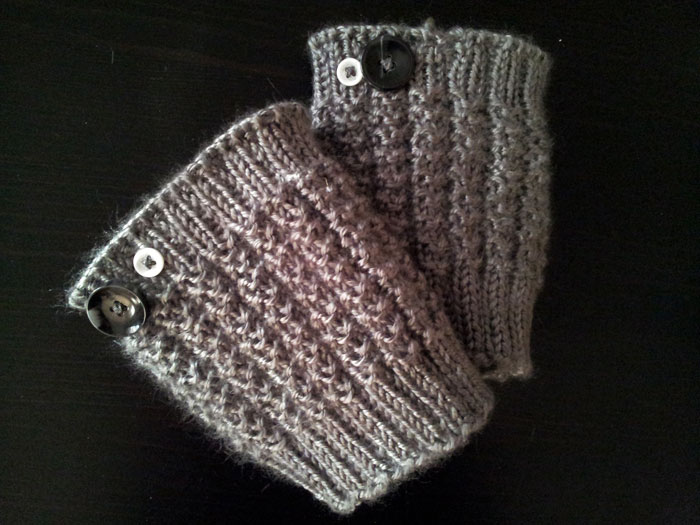 Soft and cozy knitted boot cuffs (4)