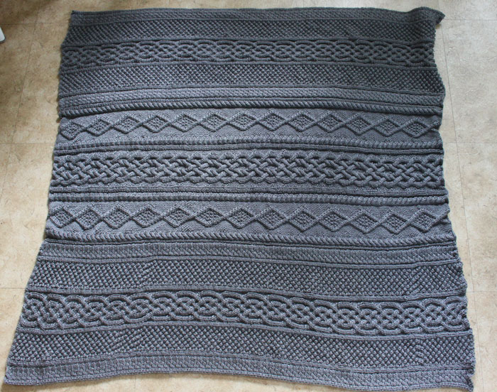 Large Grey cable knit blanket (2)