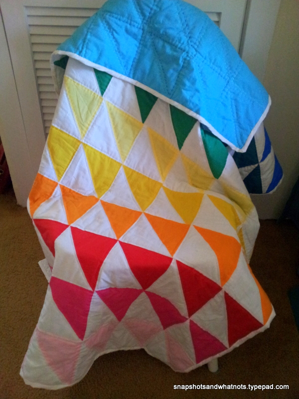 Finished Rainbow quilt with hand-quilting (1)