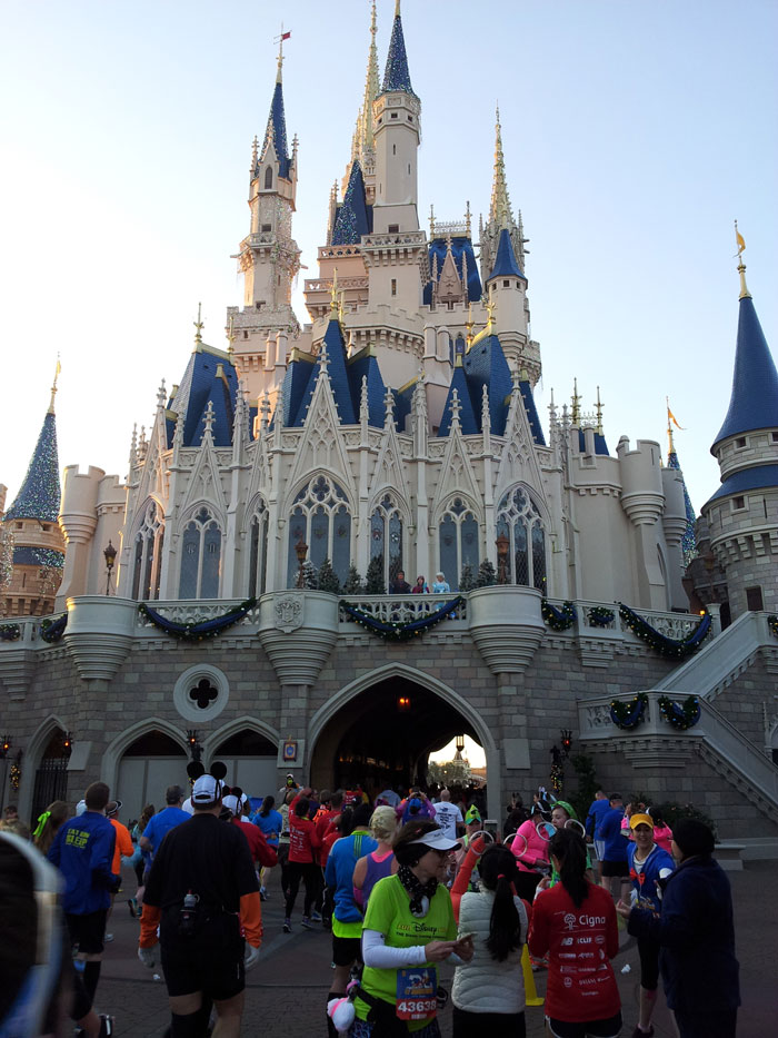 Wdw-half-marathon-castle-photo-3