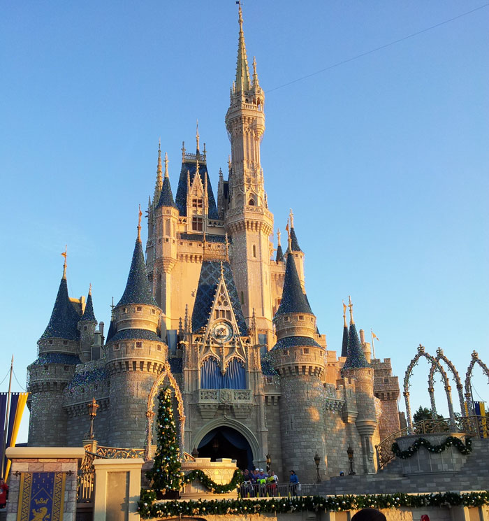 Wdw-half-marathon-castle-photo-2