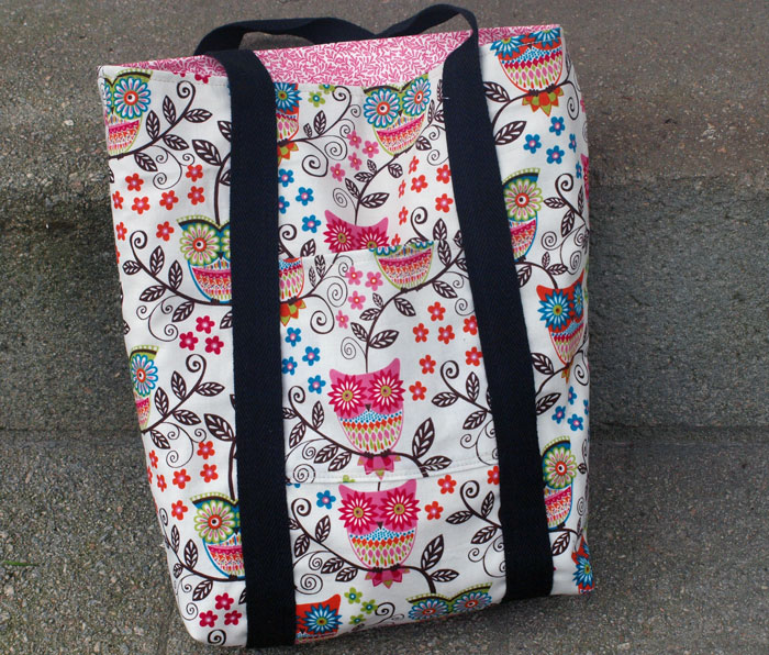 Beginner sewing project 2 of 15 - lined tote bag with pockets (4)