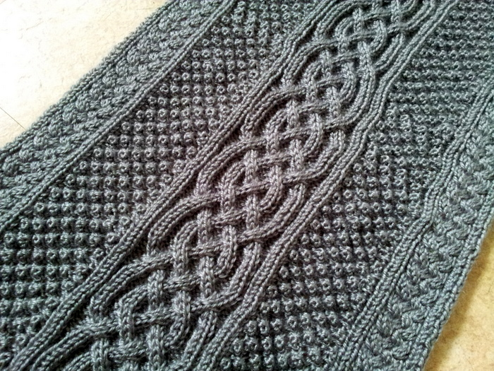 Cozy Cable Blanket - knit in sections (3)