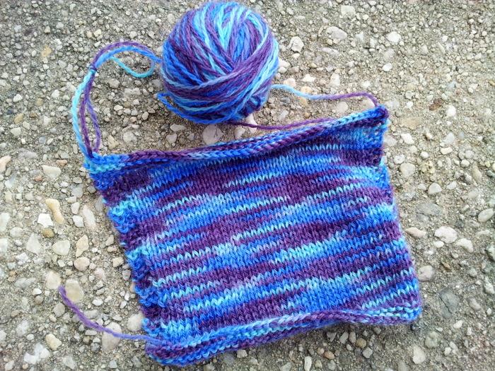 Hand dyeing yarn (3)